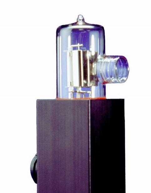 OL UV-40 Ultraviolet Irradiance Standard (200 – 400 nm)